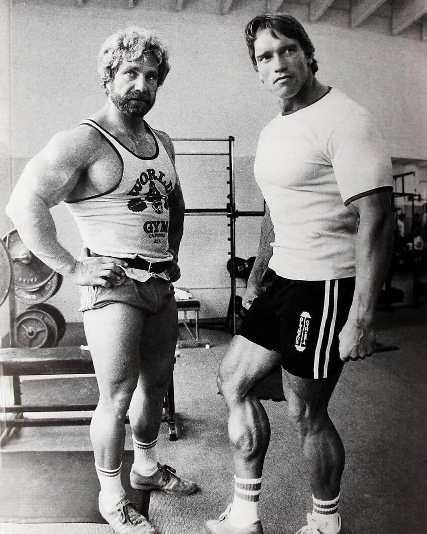 Jusup Wilkosz posing with Arnold Schwarzenegger