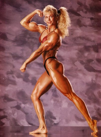 Tonya Knight flexing her awesome muscles in a bodybuilding photo shoot