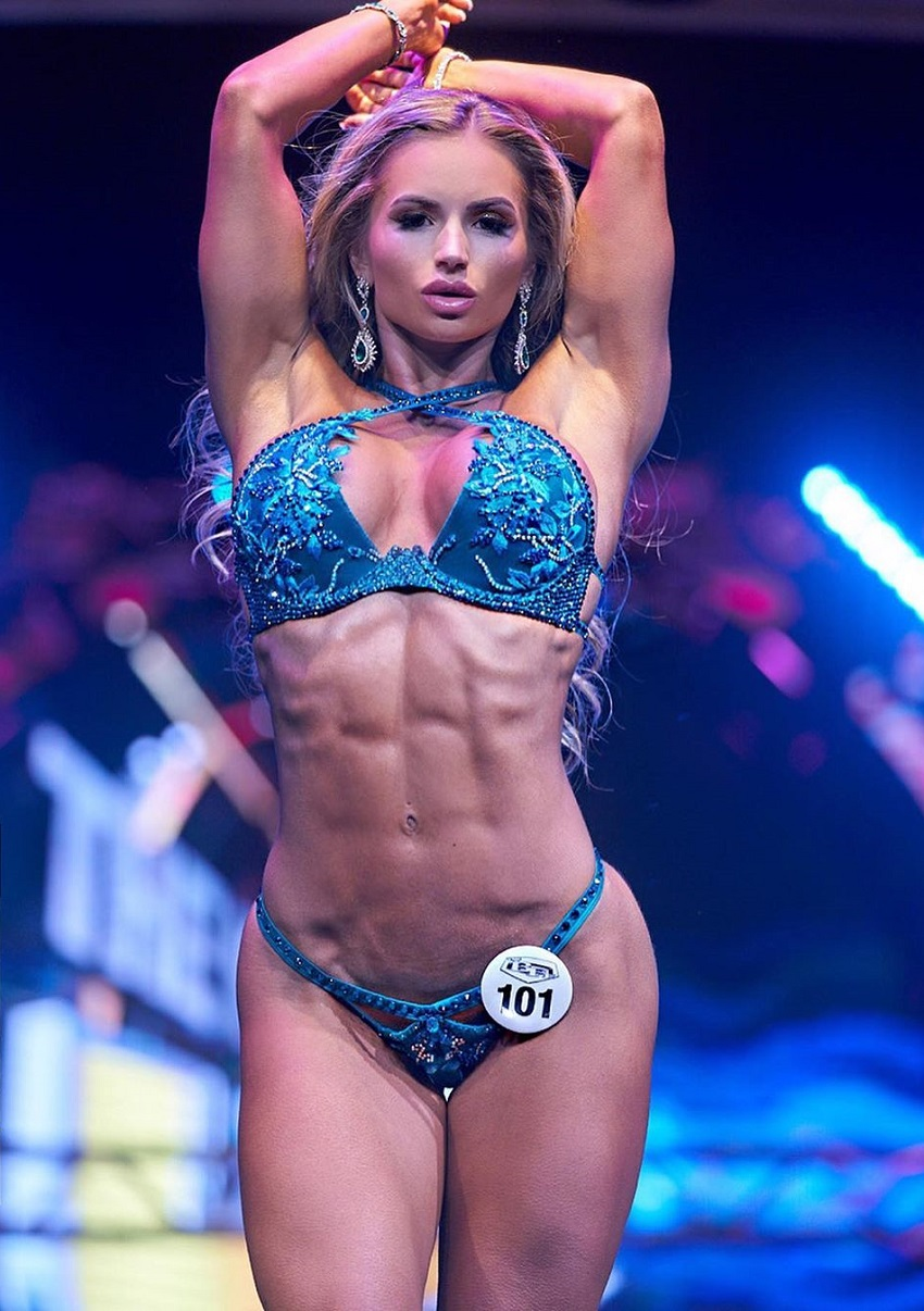 Amy Lee on the wbff stage