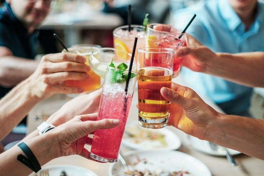 Alcohol - why you're not losing weight-min
