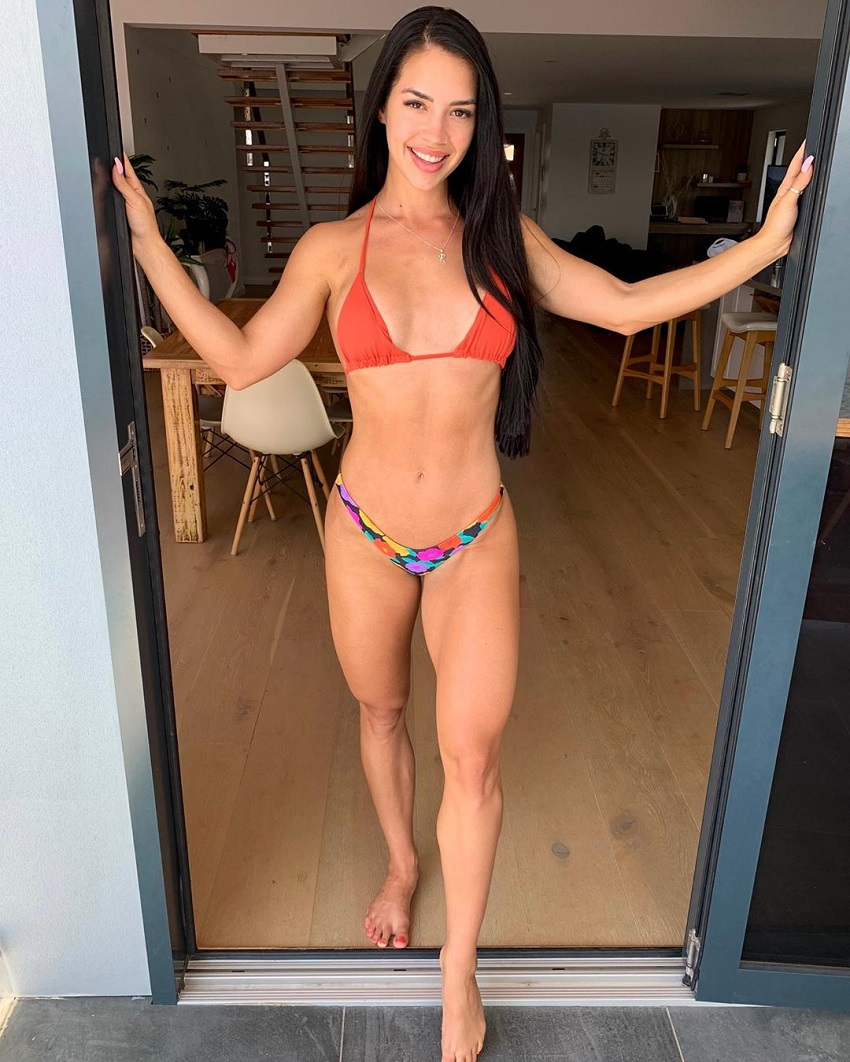 Rachel Dillon posing for the camera looking toned and fit