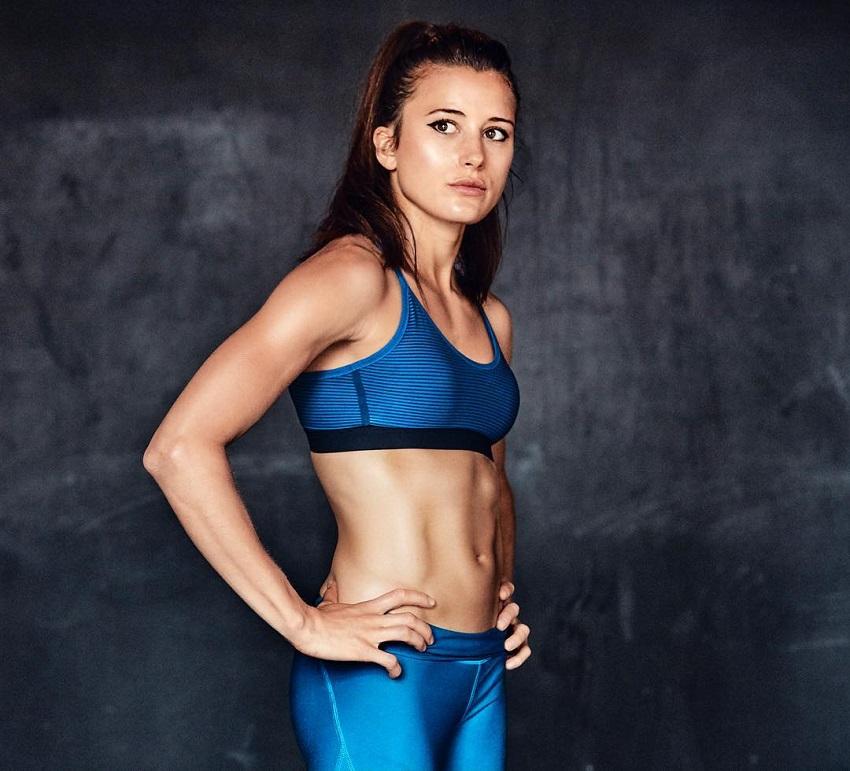 Imke Salander posing in a fitness photo shoot